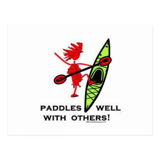 ¡Camisa del kajak, regalo del kajak, pegatina para Postales