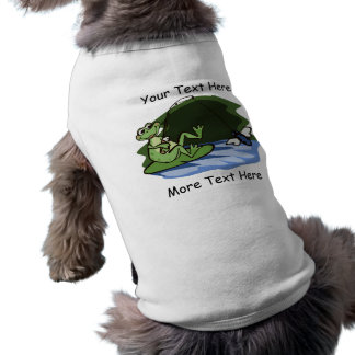 Camisa del mascota de la rana de la pesca con playera sin mangas para perro