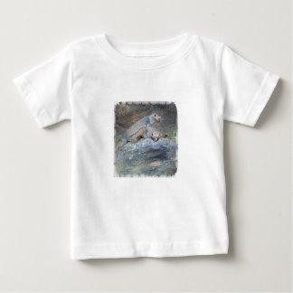 Camisa del niño del soporte de la cabeza de