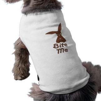 Camisa del perro del conejito del chocolate playera sin mangas para perro