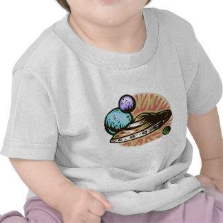 Camisa del platillo volante del niño