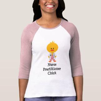 Camisa del polluelo del médico de la enfermera