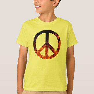 Camisa del signo de la paz de las llamas de los