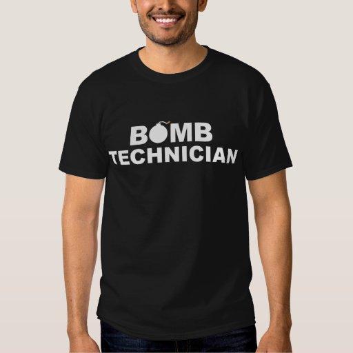 Camisa del técnico de la bomba