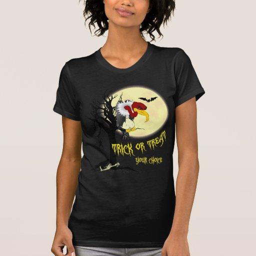 Camisa del truco o de la invitación del halcón de