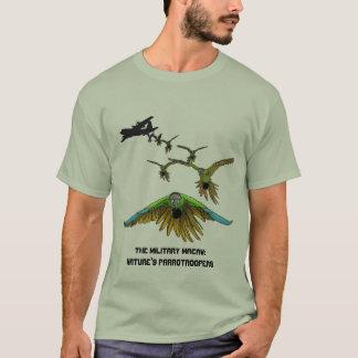 Camisa divertida del Macaw de Parrotrooper del