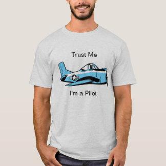 Camisa experimental divertida del avión del dibujo