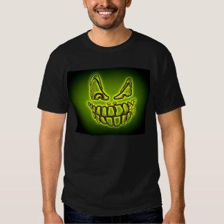Camisa fantasmagórica de la enredadera