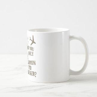 Camisa hilarante del chiste de la línea aérea tazas de café