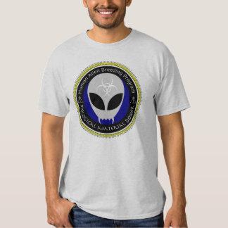 Camisa humana extranjera del participante del