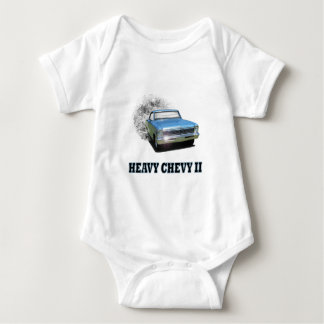 Camisa infantil con diseño del coche de la obra