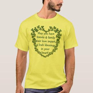 Camisa irlandesa del corazón de la bendición