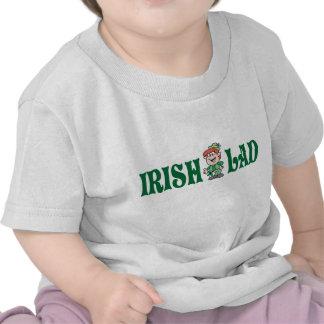 Camisa irlandesa del niño del chaval