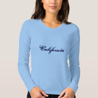 Camisa izquierda de la costa de las señoras