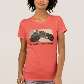 Camisa linda de la criba de la jirafa