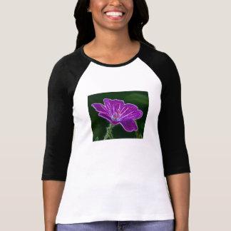 Camisa luminosa de la flor