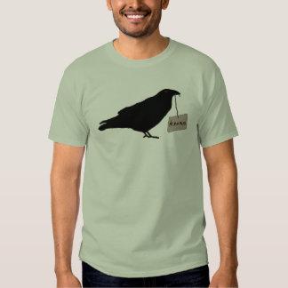 Camisa misteriosa del cuervo