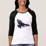 Camisa negra de la fauna del cuervo que vuela