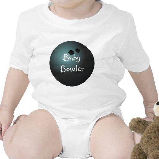 Camisa negra del bebé de la bola de bolos