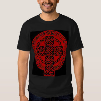 Camisa roja de la cruz céltica
