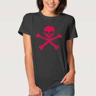 Camisa rosada del cráneo de las señoras
