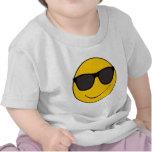 Camisa sonriente de la cara