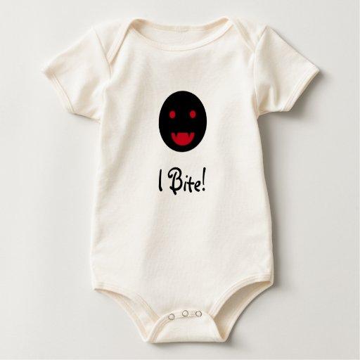 Camisa sonriente del bebé del vampiro