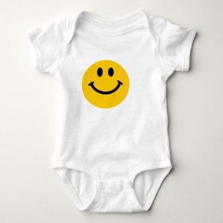 Camisa sonriente feliz amarilla del bebé de la