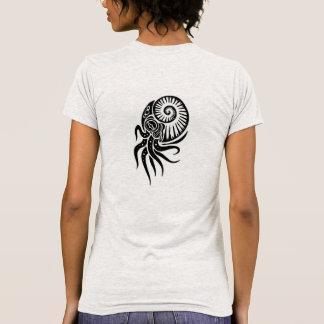 Camisa tribal para mujer del diseño de las jibias