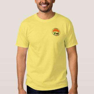 Camisa verde del nombre del logotipo de YNC