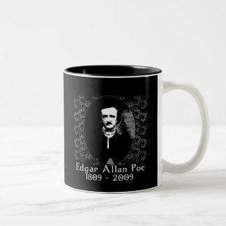 Camiseta 1809-2009 del aniversario de Edgar Allan  Tazas