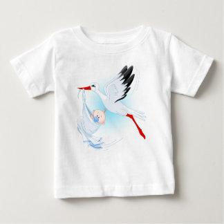 """Camiseta 1 del bebé de la cigüeña de la """"entrega"""