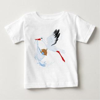 """Camiseta 2 del bebé de la cigüeña de la """"entrega"""