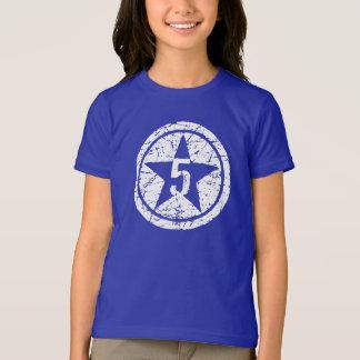 camiseta agrietada de cinco estrellas del