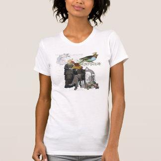 Camiseta alterada collage del arte de la flor del poleras