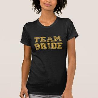 Camiseta amarilla del banquete de boda de la novia