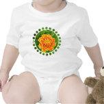 Camiseta anaranjada del bebé de la maravilla