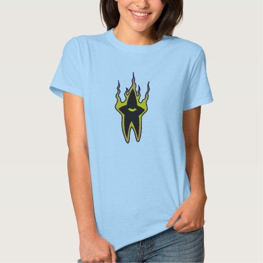 Camiseta ardiente de Girlie de la estrella Poleras