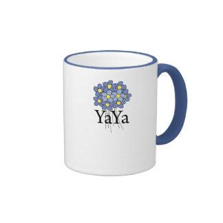 Camiseta azul bonita de YaYa de la flor Taza De Café