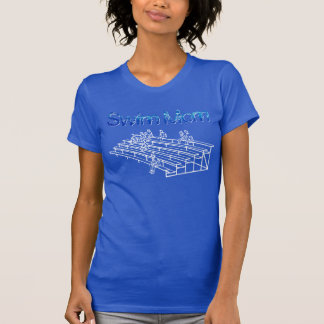 Camiseta azul de la mamá de la nadada