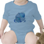 Camiseta azul del niño del huevo