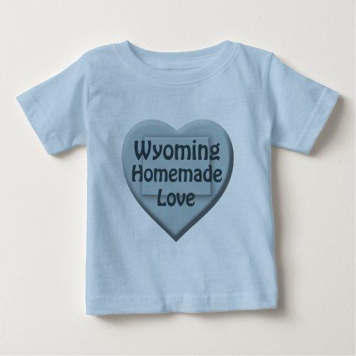 Camiseta azul del niño pequeño del amor hecho en