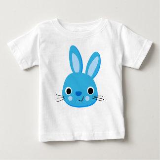 Camiseta azul linda del bebé del conejo playeras