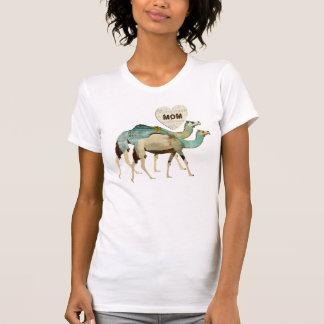 Camiseta azul soñadora de la mamá de los camellos