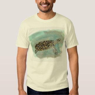 Camiseta básica de la tortuga de mar de Hawksbill Remera