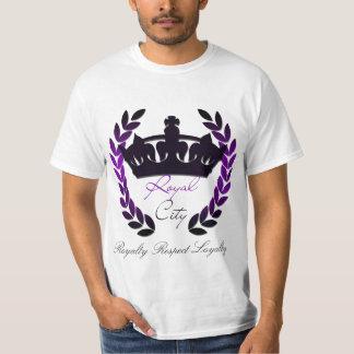 Camiseta básica del respecto real de la ciudad playera