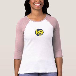 camiseta básica rosada del béisbol de las mujeres playera