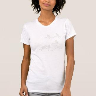 Camiseta blanca de la silueta del pájaro playeras