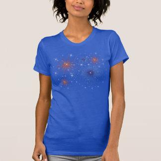 Camiseta blanca y azul roja de los fuegos