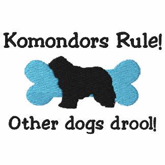 Camiseta bordada regla de Komondors